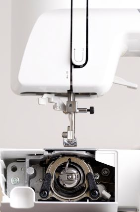 sewing-machine-maintenance (1)